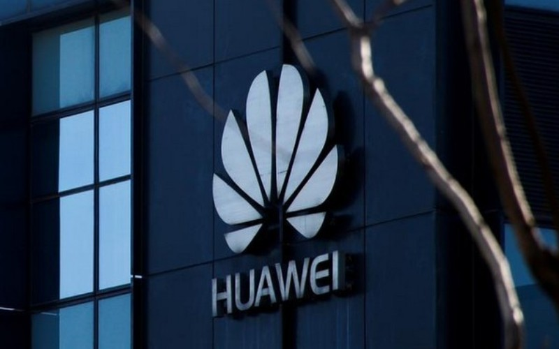 US warns Europe against using Huawei