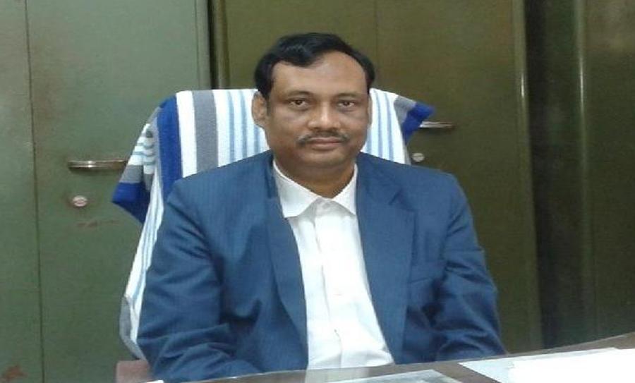 Jadavpur University professor Kanak Sarkar divested of duties for 'virgin brides' remark on Facebook