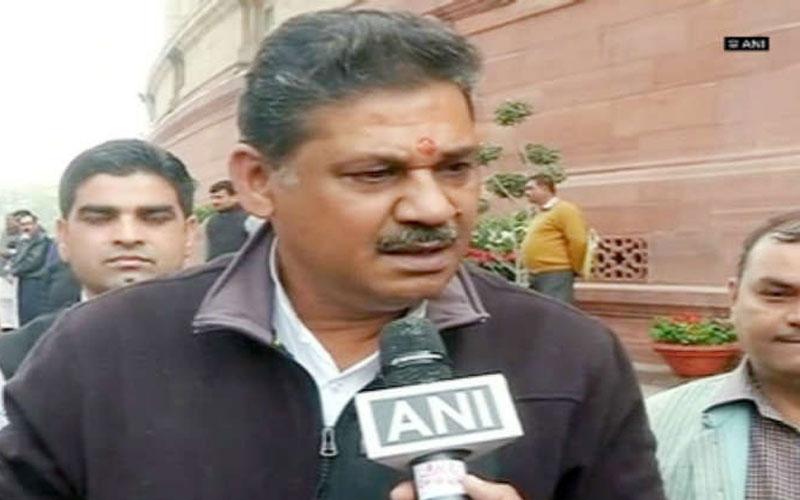 Kirti Azad dumps BJP, all set to join Congress