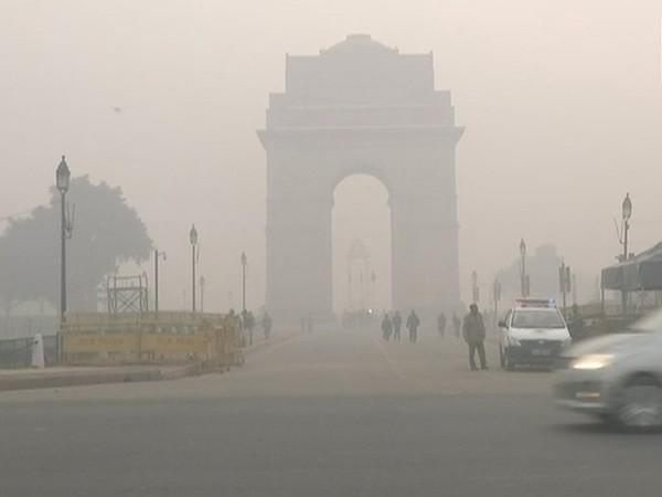 Pleasant Wednesday in Delhi, light rain expected