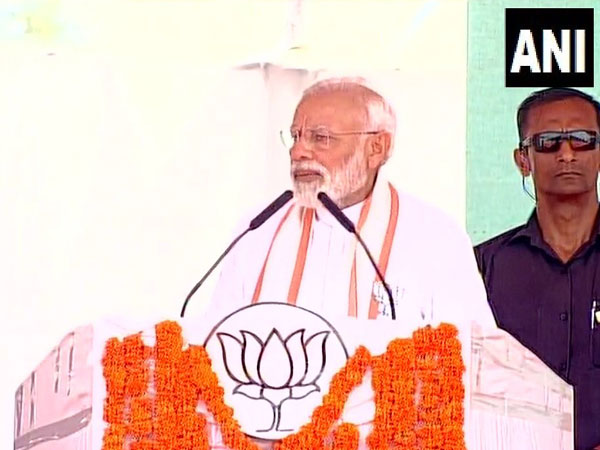 'Kerala mein kushti, aur Delhi mein dosti': PM Modi slams Cong, CPI (M); questions Rahul Gandhi for contesting from Wayanad