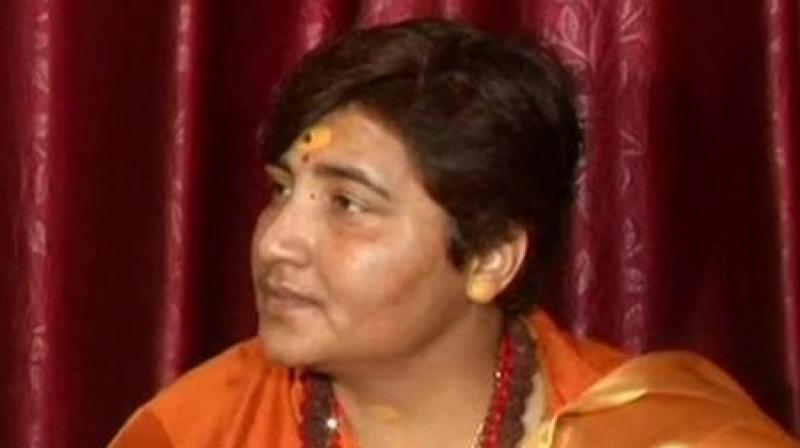 Bhopal Constituency: Tug of war continues between Digvijay Singh and Pragya Sadhvi