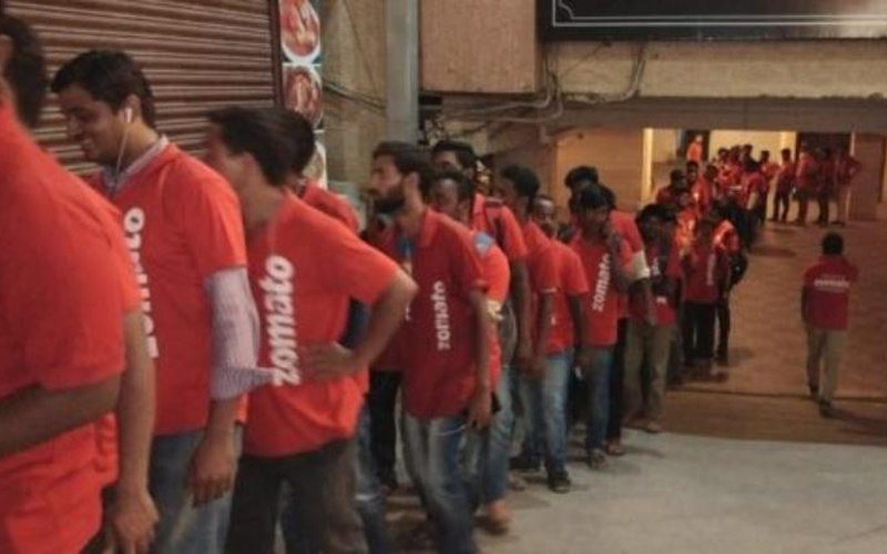 Long queue of Zomato boys outside this Hyderabad restaurant goes viral#source%3Dgooglier%2Ecom#https%3A%2F%2Fgooglier%2Ecom%2Fpage%2F2019_04_14%2F299096
