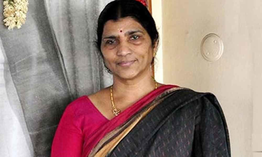 Laxmi Parvathi urges DGP to bring Koti to book