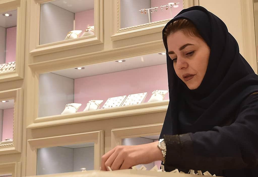 Shah Ali Banda jewellery merchants to close shops by 4:30 pm