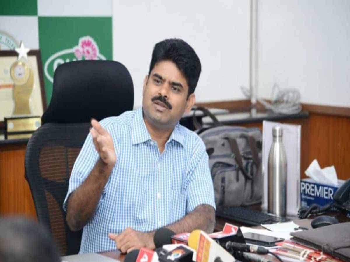 GHMC Commissioner: Corona patients can stay at home